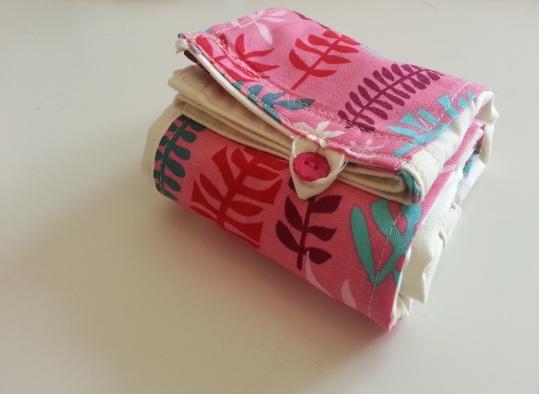 ....and all folded up, handbag-ready!