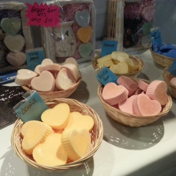 Wonder Scents' sweet-smelling scented wax hearts