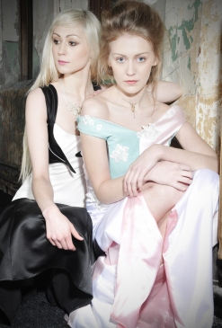 Dresses by David Henderson (L) and Kiera Ann Marie (R)